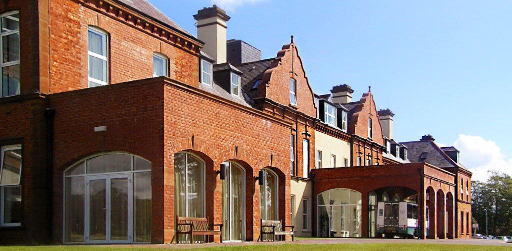 Hamiltons-Architects-Belfast-Thompson-House-Hospital-3